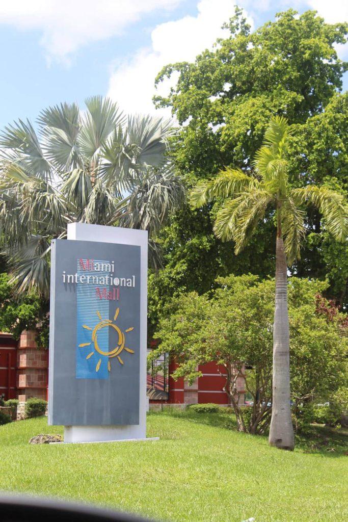 Miami International Mall.  Top malls in Miami.