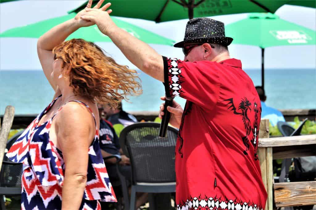 Couple dancing at Waldo's Vero Beach